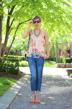 Rocking our cropped skinny boyfriend jeans with some feminine accessories.  Source: http://www.styleandpepperblog.com/2014/05/concrete-catwalk-cropped-chopped/