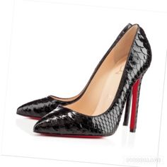 🎉HOST PICK🎉Christian Louboutin Python Pigalle Christian Louboutin Black Python Crystal Pigalle. Beautiful exotics. Love them but they no longer fit after my pregnancy. Christian Louboutin Shoes Heels