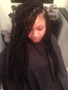 Medium marley twists with invisible root! Mckinzie Chic Hair Studio 508 S st Philadelphia Pa or thekryssyhair@ for pricing and appointments! Marley Twist Hairstyles, Urban Hairstyles, Ethnic Hairstyles, Protective Hairstyles, Protective Styles, Long Marley Twists, Marley Twist Styles, Marley Braids, Medium Hair Styles