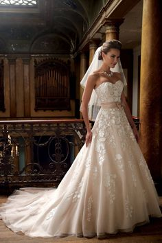 Wedding Dress **148177** (Custom Made)  To Hire: R3 350 (deposit required) To Buy: R5 850 (shipping included)