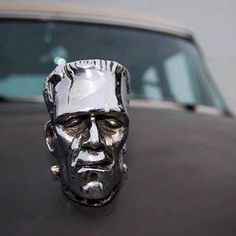 Frankenstein monster car hood ornament. Car Badges, Car Logos, Vintage Cars, Antique Cars, Car Bonnet, Monster Car, Car Hood Ornaments, Kustom Kulture, Pinstriping