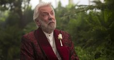 """Donald Sutherland as President Snow in """"The Hunger Games: Mockingjay Part Credit Murray Close/Lionsgae Hunger Games La Révolte, The First Hunger Games, The Hunger, Hunger Games Problems, Hunger Games Movies, Hunger Games Humor, Hunger Games Mockingjay, Mockingjay Part 2, Hunger Games Catching Fire"""
