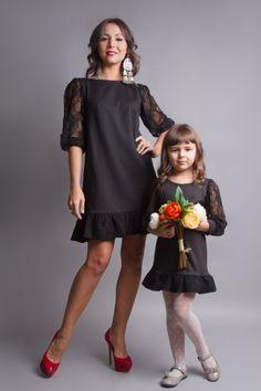Фотографии Одинаковые платья для мамы и дочки Family Look – 8 альбомов