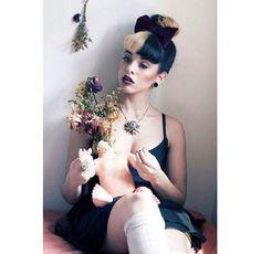 melanie martinez ✧ love her x Melanie Martinez Style, Crybaby Melanie Martinez, Adele, Cry Baby Album, Marina And The Diamonds, American Singers, Celebrity Crush, Love Her, Teddy Bear