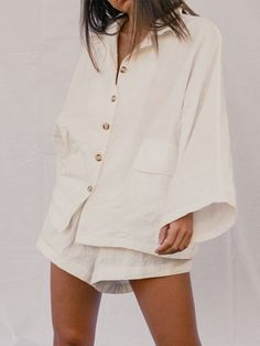 Women's Lounge Set // White - The Lullaby Club Comfortable Summer Outfits, Cute Comfy Outfits, Spring Summer Fashion, Autumn Fashion, Kimono Design, Perfect Wardrobe, Mom Style, Loungewear, Outfit Sets