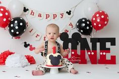 Mickey Mouse Cake Smash - CT Family Photography,CT Newborn Photography,Connecticut Newborn Photography,