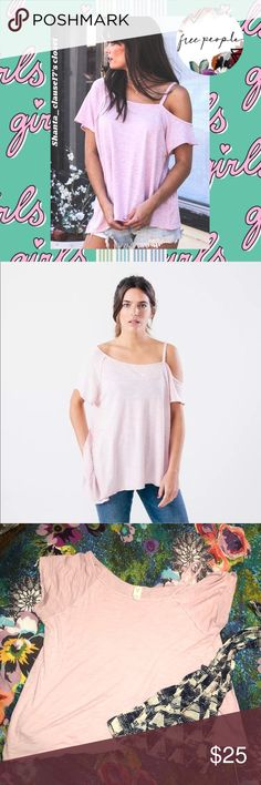 """💎FREE PEOPLE💎 light pink Coraline tee Free people Great condition- worn once or twice Light pink Style: asymmetrical coraline """"cold shoulder"""" tee Loose fitting.. designed to gracefully slip off one shoulder Super cute and comfy!! Free People Tops Tees - Short Sleeve"""