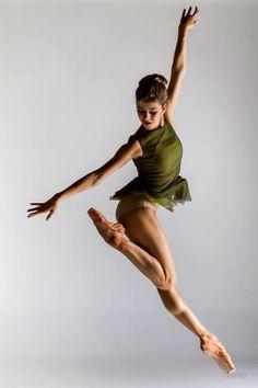 #Dance #ballerina #leap