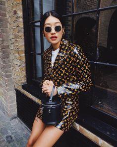 Louis Vuitton Look ( Rich Bitch Aesthetic ) Fashion Week, Look Fashion, High Fashion, Winter Fashion, Fashion Outfits, Womens Fashion, Fashion Trends, Feminine Fashion, Fashion 2018
