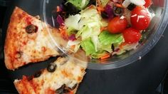 Pop into #PapaDan's for a slice and a salad & change your lunch from boring to bellisimo! #palmdesert