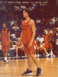 One more reason to LOVE Jared Padalecki. He was a basketballer!!>>>due I don't think basketballer is a word...