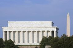 Learn about the monuments and memorials in Washington DC, see a guide to visiting the most famous memorials and historic landmarks in Washington, DC