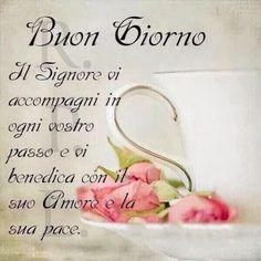 Italian Memes, Good Morning Good Night, Prayers, Pocahontas, Luigi, Madonna, Christmas, Messages, Home