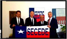 """Ambasadorul SUA la Bucuresti, Hans Klemm, a fost chemat de urgenta la o sedinta foto cu liderii miscarilor secesioniste din Texas (n.r. in imagine steagul secesionist al Texasului). Dupa """"succesul"""" sedintei foto in secuime, ambasadorul american Hans Klemm este asaltat acum cu propuneri similare venite din partea secesionistilor din intreaga lume. Angajatii ambasadei SUA la… Texas, Calm, Artwork, Work Of Art, Auguste Rodin Artwork, Artworks, Texas Travel, Illustrators"""