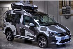 Volkswagen Caddy, Vw Touran, Vw Caddy Tuning, Jetta A4, How To Paint Camo, Caddy Van, Camouflage Patterns, Grand Vitara, Toyota 4x4