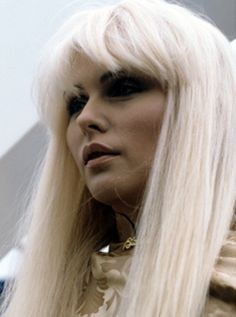 Picture of Deborah Harry Blondie Debbie Harry, Women Of Rock, The Clash, Famous Women, Real Women, Famous People, Punk, Female Singers, American Singers