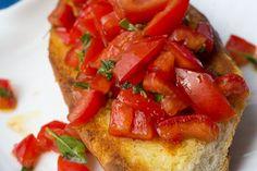 Bruschetta Ciabatta, Brunch Buffet, Ethnic Recipes, Food, Party, Meat, Simple Recipes, Essen, Parties
