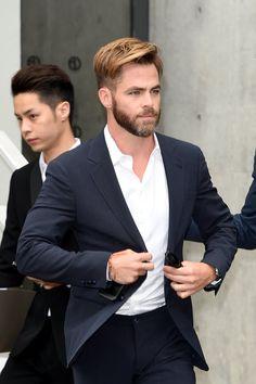 Photo of 2014 Trending Hairstyles For Men, Mens Hairstyles With Beard, Cool Hairstyles For Men, Boy Hairstyles, Haircuts For Men, Chris Pine Haircut, Handsome Actors, Attractive Men, Good Looking Men