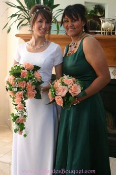 Peach rose wedding bouquet with greenery. #bouquets #bridalbouquets #silkweddingbouquets #weddingideas #weddinginspiration