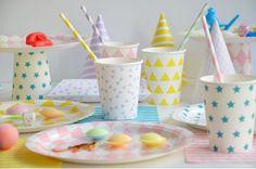 http://www.modernconfetti.com/277-product_large/gobelets-toile-bleue.jpg