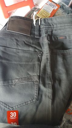 Raw Denim, Men's Denim, Denim Style, Stylish Shorts For Men, Perfect Jeans, Diesel Jeans, Girls Jeans, Trousers, Pants