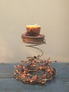 Vintage French Soul ~ Rusty bed spring candle holder candles by Bed Spring Crafts, Spring Projects, Spring Art, Fall Crafts, Country Crafts, Country Decor, Rusty Bed Springs, Box Springs, Mattress Springs