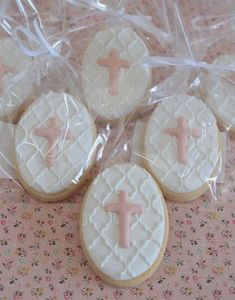 Christening cookies by Miss Biscuit