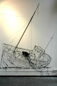 Threadbare: Drawings in Thread by Debbie Smyth - ego-alterego.com