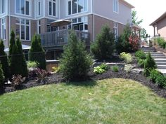 #Yard Maintenance that is both efficient and pleasing to the eye Paramount #Landscaping