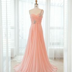 romantic, flowy, sparkly, peach, perfect