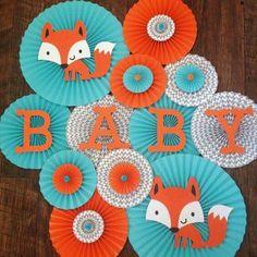 Fox Themed Paper Rosettes, Fox Backdrop, Fox Baby Shower, Fox Birthday, Woodland Party by Idee Baby Shower, Boy Baby Shower Themes, Baby Shower Parties, Baby Boy Shower, Fox Baby Showers, Theme Bapteme, Fox Party, Baby Shower Desserts, Foto Baby