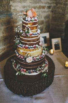 Beautiful Rustic Coral Barn Wedding How's this for a rustic, nude cake for any season! Floral Wedding Cakes, Wedding Cake Rustic, Elegant Wedding Cakes, Wedding Cake Designs, Wedding Flowers, Wedding Cake Inspiration, Wedding Ideas, Free Wedding, Wedding Planning