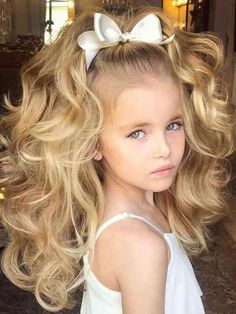 Beautiful updos for long, thick wavy hair - Frisuren Ideen 2019 - Beautiful updos fo Baby Girl Hairstyles, Curled Hairstyles, Cute Kids Hairstyles, Hairstyle Ideas, Short Hairstyles, Thick Haircuts, Makeup Hairstyle, Simple Hairstyles, Girl Haircuts