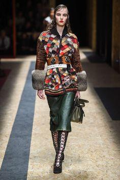 Prada Automne/Hiver 2016, Womenswear - Défilés (#24631)