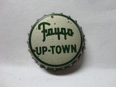 FAYGO UP-  TOWN SODA CAP CROWN FAYGO BEVERAGE CO. DETROIT MICHIGAN