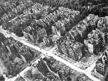 An aerial view of bombed out Hamburg in Germany broke the treaties outlawing bombing civilians and was surprised when the allies hit them back in the same manner. World War Two World History Facts, History Online, Dresden Bombing, Operation Market Garden, Rise Art, German People, Thing 1, Coventry, Aerial View