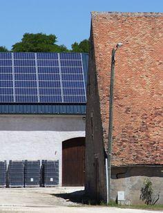 Loire Valley Wine, Solar Panels, Vineyard, Outdoor Decor, Home Decor, Sun Panels, Decoration Home, Solar Power Panels, Room Decor