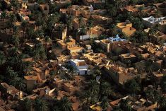 Ghardaïa (Arabic: ولاية غرداية , Mozabite: :Ghardaïa in Tifinagh.svg) is a wilaya in eastern Algeria, named after its capital Ghardaïa. The M'Zab Valley, located there, is a UNESCO World Heritage Site. Wonderful Places, City Photo, Tourism, Photos, Earth, Explore, Wallpaper, World, Travel