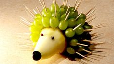Recipes for kids. Hedgehog of Pear and Grapes