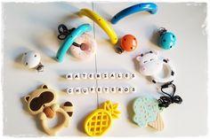 Todo el material que necesitas para elaborar preciosos chupeteros, mordedores, sonajeros, juguetes, collares de lactancia y mucho más los encontrarás en nuestra tienda online.