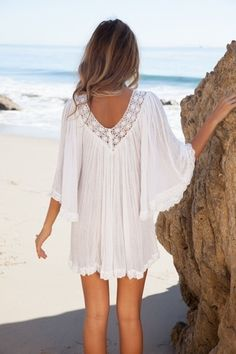 Jen's Pirate Booty Nuevo Stevie tunic in white. the perfect little lace-edged white tunic <3