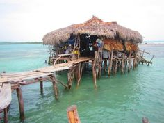 Get happy in this unique restaurant on Jamaica's south coast. Visit the Pelican Bar. Photo sent by @scottkain3