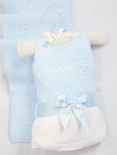 703fa7259 Tienda online y boutique de moda infantil bebé, niña y niño. Descubre  nuestra nueva colección. Envíos gratis a partir de