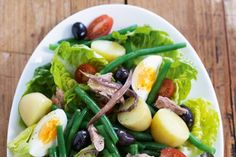 Nicoise makes the perfect Sunday brunch. Packed with vitamins and protein too!  Nicoise salad main image