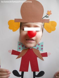 clown photo for kids circus party Preschool Circus, Circus Crafts, Carnival Crafts, Circus Art, Circus Theme, Preschool Crafts, Carnival Classroom, Theme Carnaval, Art For Kids
