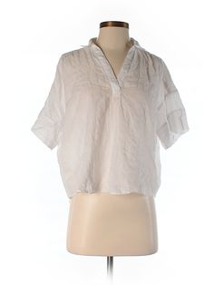 Check it out—Ann Taylor LOFT 3/4 Sleeve Blouse for $17.99 at thredUP!