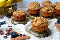 Śniadaniowe muffiny owsiane bez cukru - SmakiMaroka.pl Healthy Cookies, Healthy Snacks, Inka, Food Cakes, Cake Cookies, Cake Recipes, Lunch Box, Food And Drink, Pudding