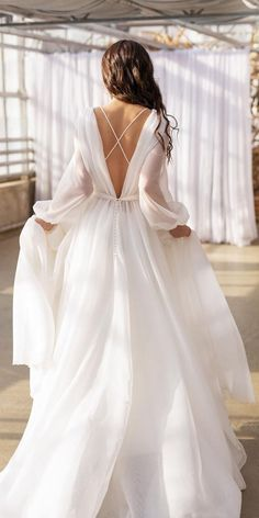 Rustic Wedding Dresses To Be A Charming Bride ★ Country Wedding Dresses, Long Wedding Dresses, Long Sleeve Wedding, Bridal Dresses, Organza Wedding Dresses, Simple Wedding Dress Sleeves, Rustic Wedding Gowns, Bridal Gown Styles, Reception Dresses