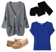 A chunky sweater, comfortable tee, fleece leggings, and fleece lined moccasin slippers couldn't be comfier. Stylish Outfits, Winter Outfits, Cute Outfits, Fashion Outfits, Womens Fashion, Moccasins Outfit, Thanksgiving Outfit, Family Thanksgiving, Fleece Leggings