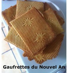 Dessert Nouvel An, Coco Curry, Candied Nuts, Beautiful Desserts, Xmas Cookies, Beignets, Biscuit Cookies, Pancakes And Waffles, Crepes